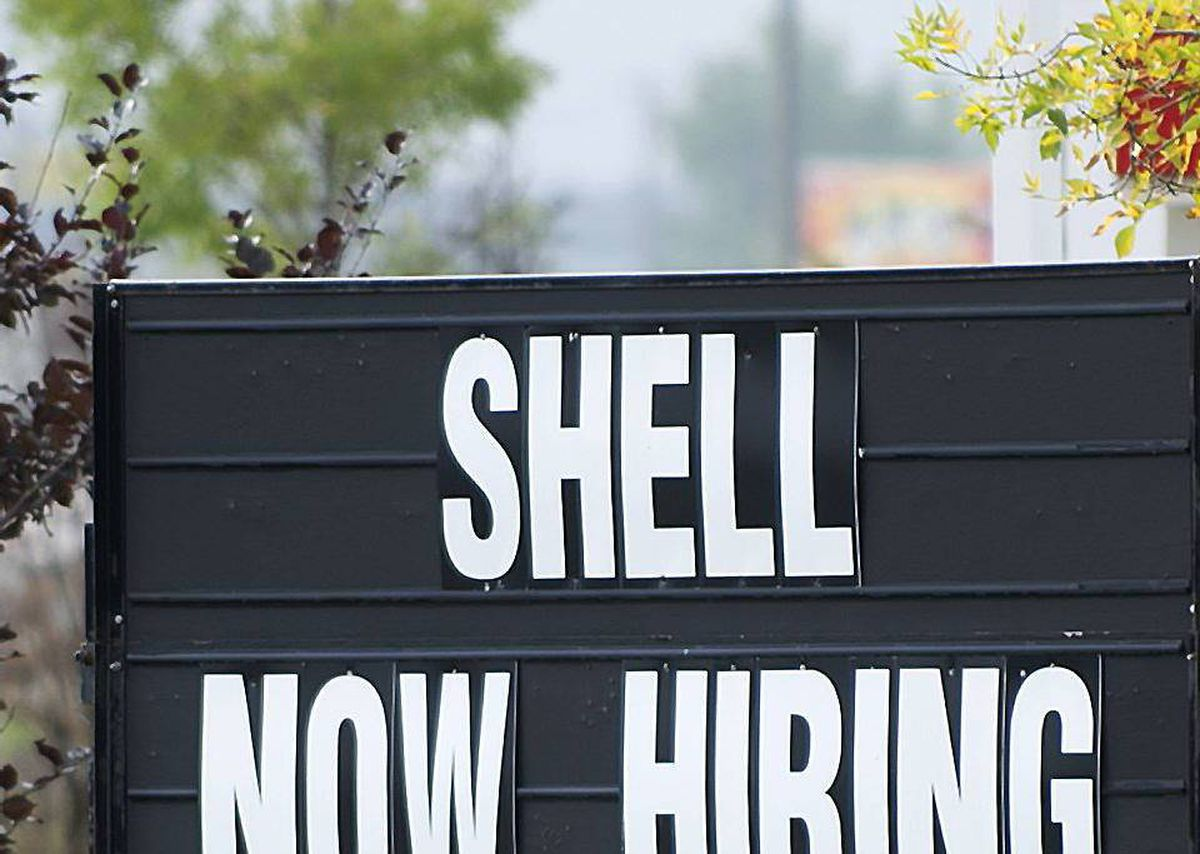 A sign posted at a Shell filling station in Fort McMurray, Alta.