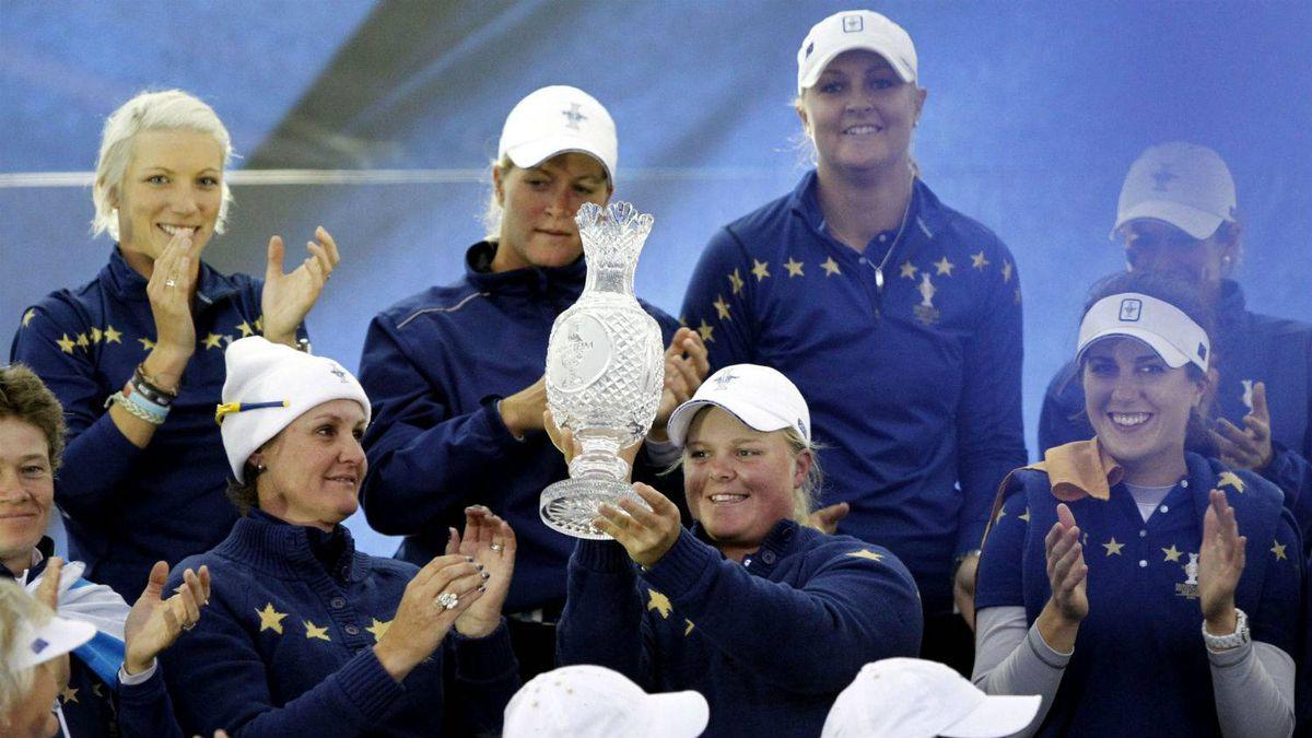 Victorious European Solheim Cup team
