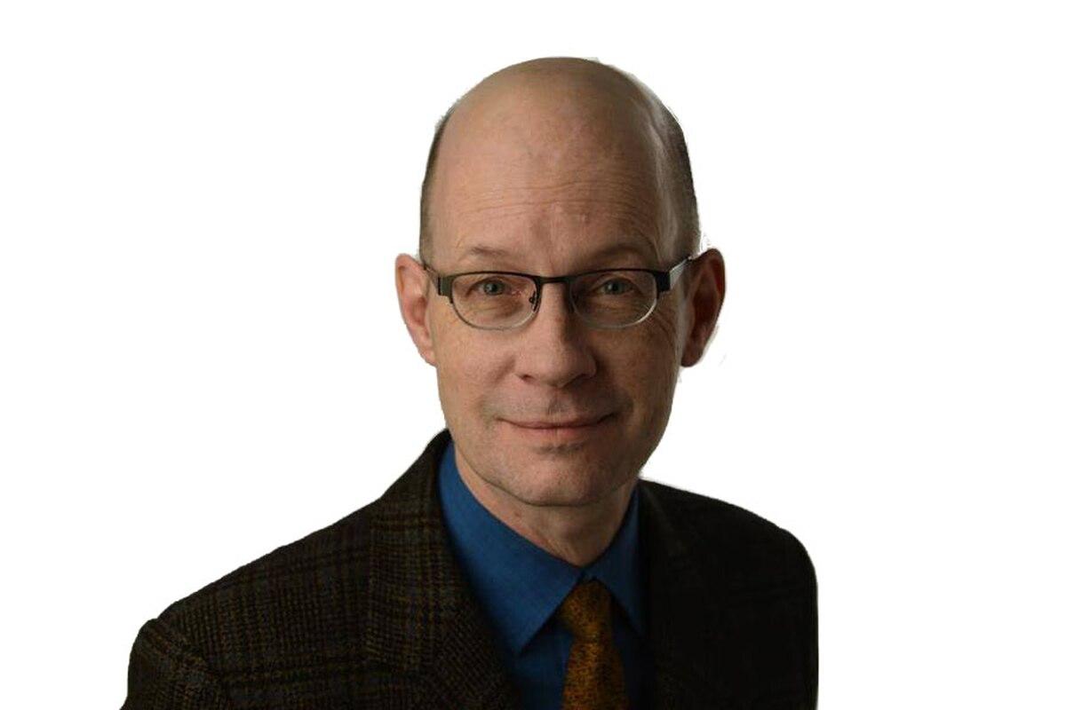 Robert Everett-Green