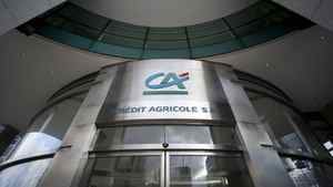 Crédit Agricole has shelved its 2014 financial goals and eliminated its dividend for this year to preserve capital.