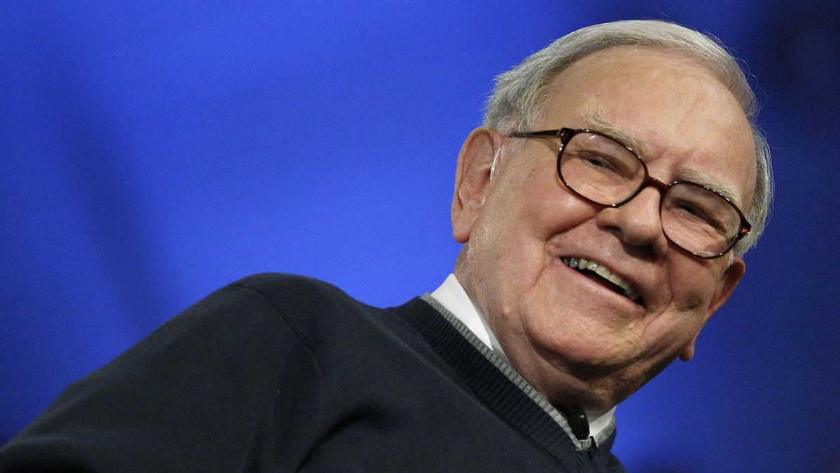 Billionaire investor Warren Buffett laughs as he appears with Microsoft Corp. founder Bill Gates for a town hall style meeting with business students broadcast by financial television network CNBC at Columbia University in New York in this Nov. 12, 2009 file photo.