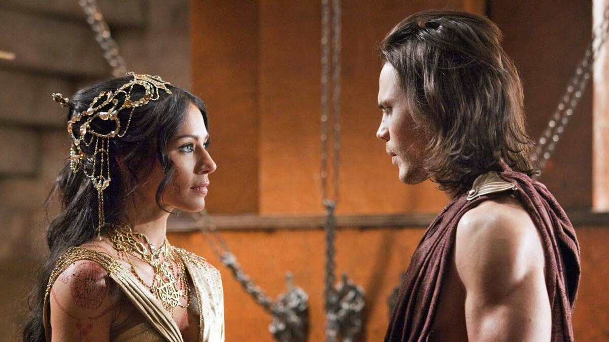 Lynn Collins and Taylor Kitsch in John Carter.
