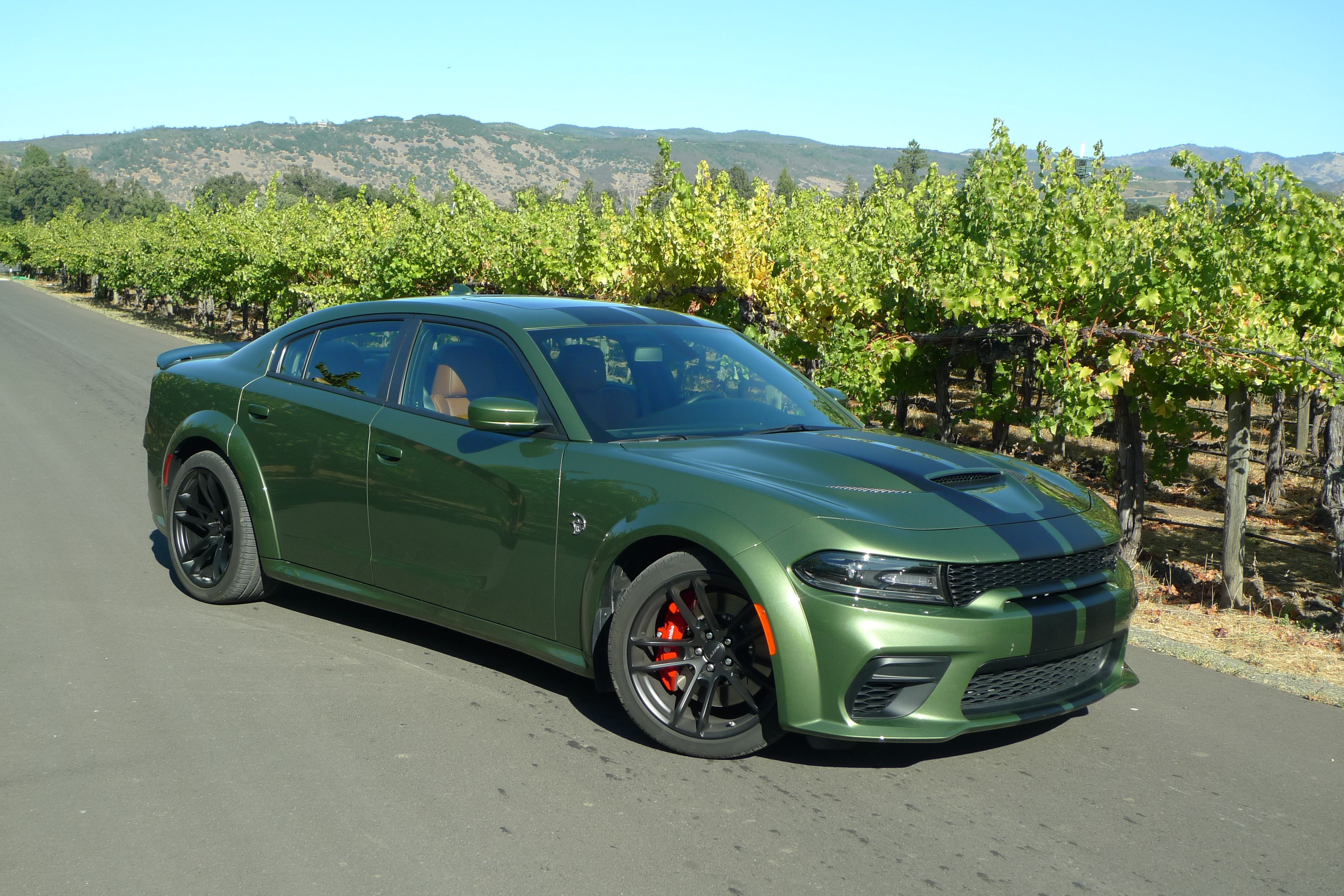 Review Eco Warriors Will Hate The 2020 Dodge Charger Srt