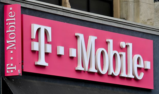 Colorado drops out of states' fight to stop Sprint, T-Mobile merger