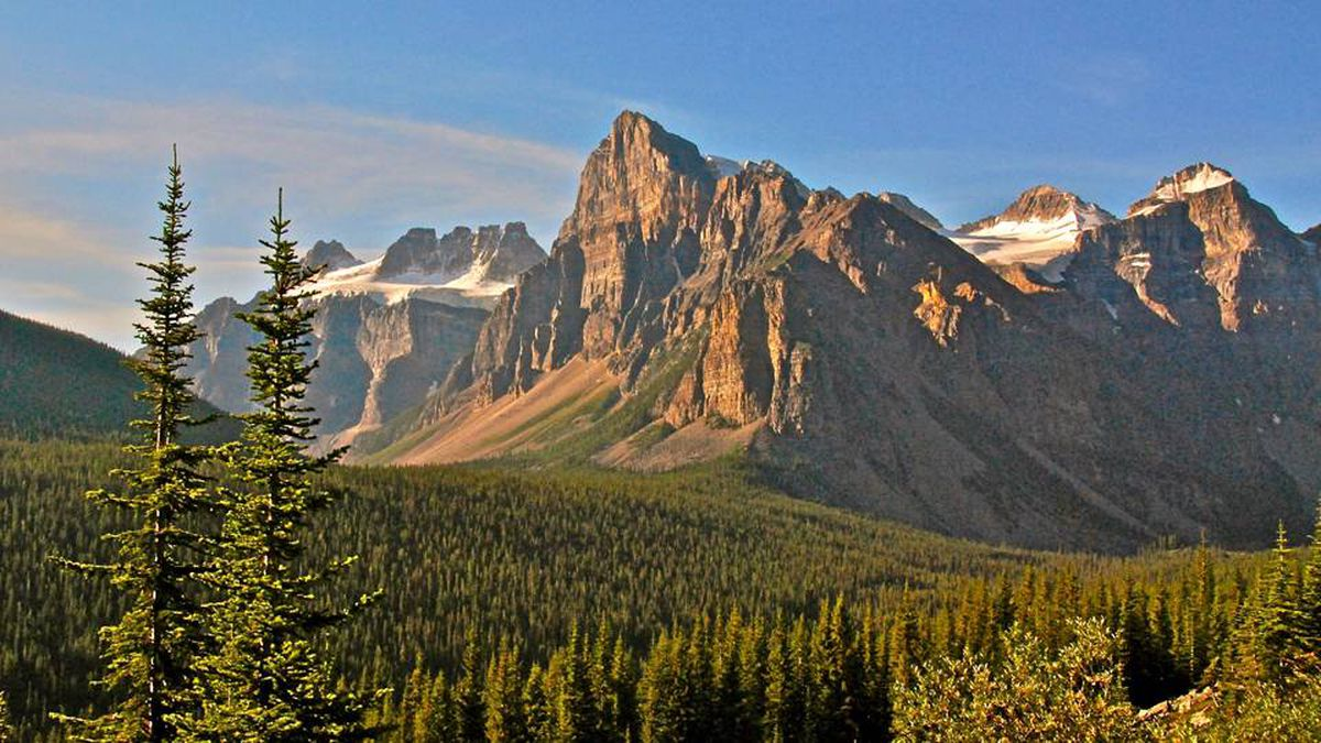 Reader Bernie Glick writes: The photo was taken on the road to Moraine Lake in August, 2009. We spent time in Banff and Jasper. We experienced one gorgeous vista after another, some requiring no more effort than stopping by the side of the road and others necessitating uphill climbs.