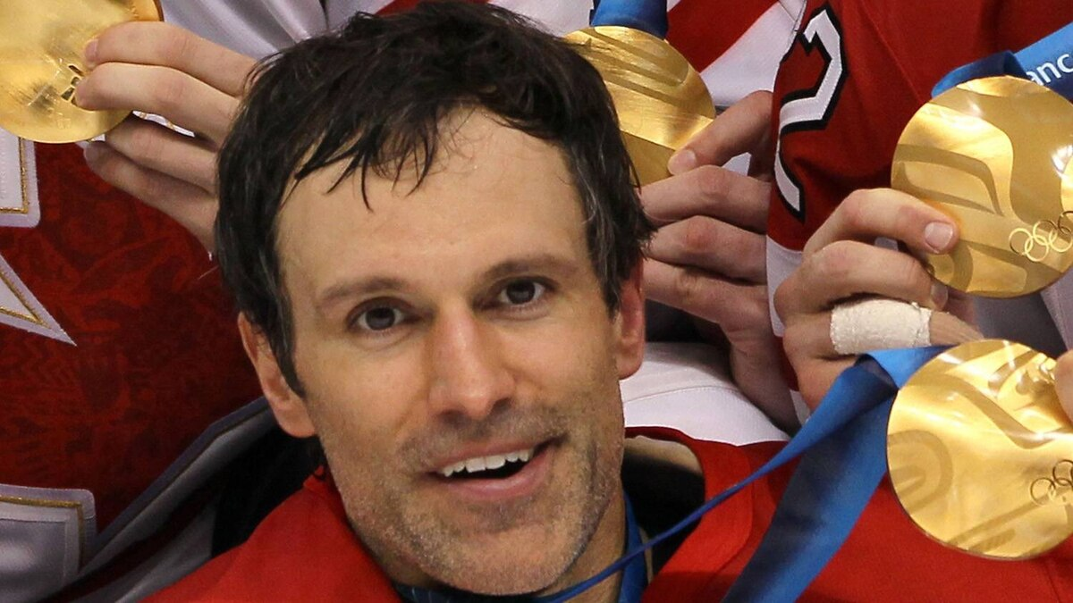 Scott Niedermayer #27 of Canada poses for a photo after the ice hockey men's gold medal game between USA and Canada on day 17 of the Vancouver 2010 Winter Olympics at Canada Hockey Place on February 28, 2010 in Vancouver, Canada. Canada defeated USA 3-2 in overtime. (Photo by Bruce Bennett/Getty Images)