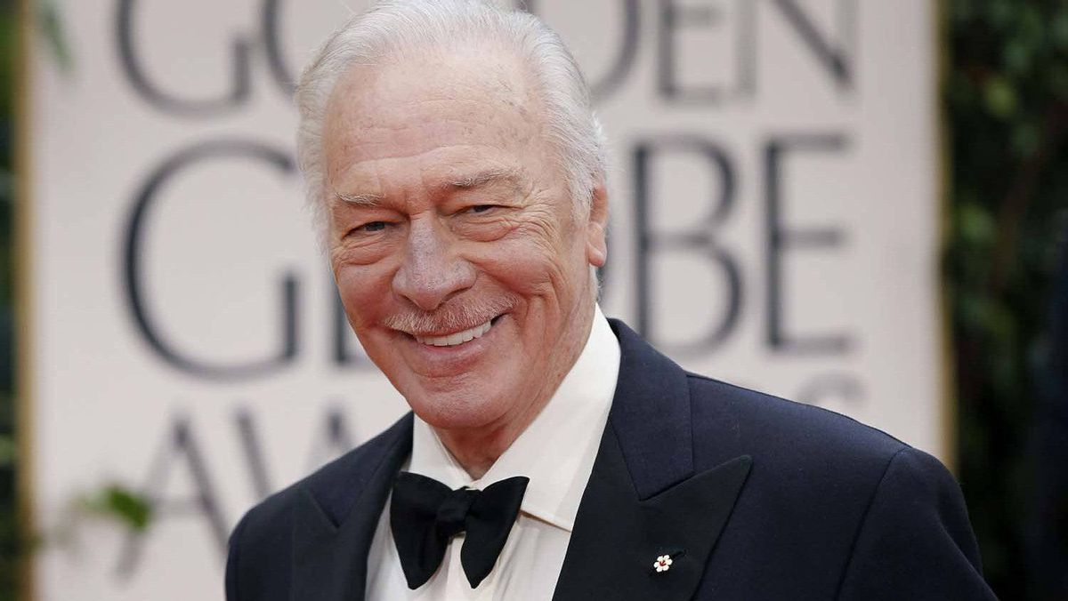 Actor Christopher Plummer arrives at the 69th annual Golden Globe Awards in Beverly Hills, California January 15, 2012.
