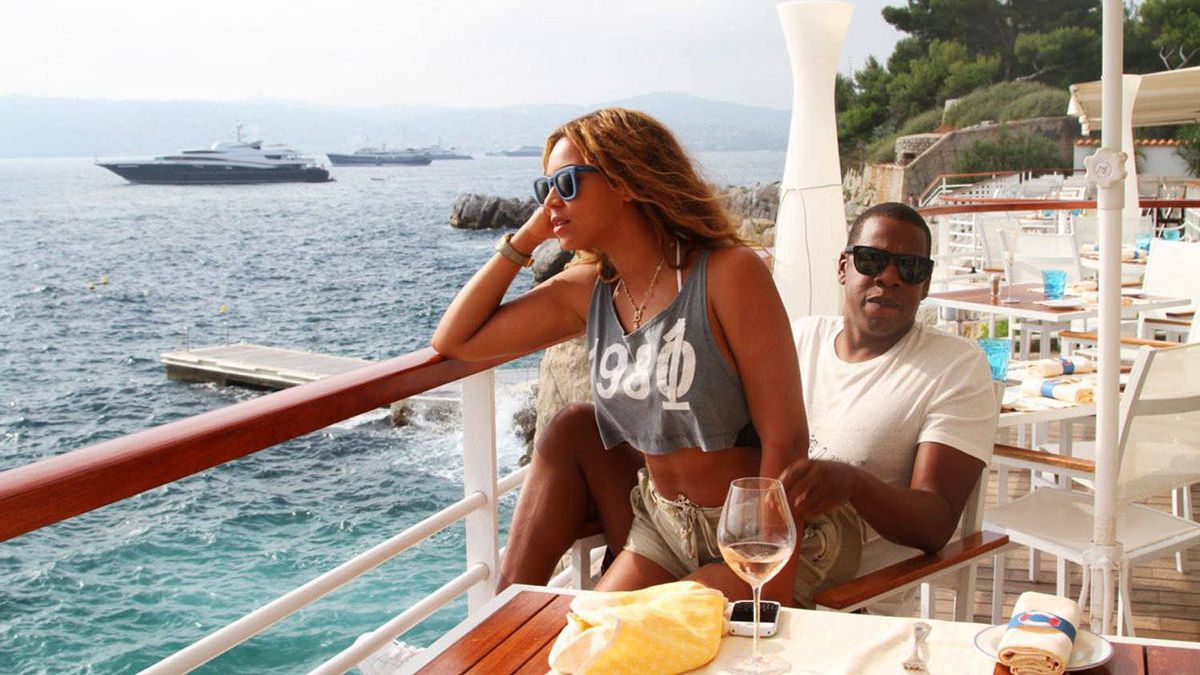 Beyonce and jay Z taken from Beyonce Tumblr site.
