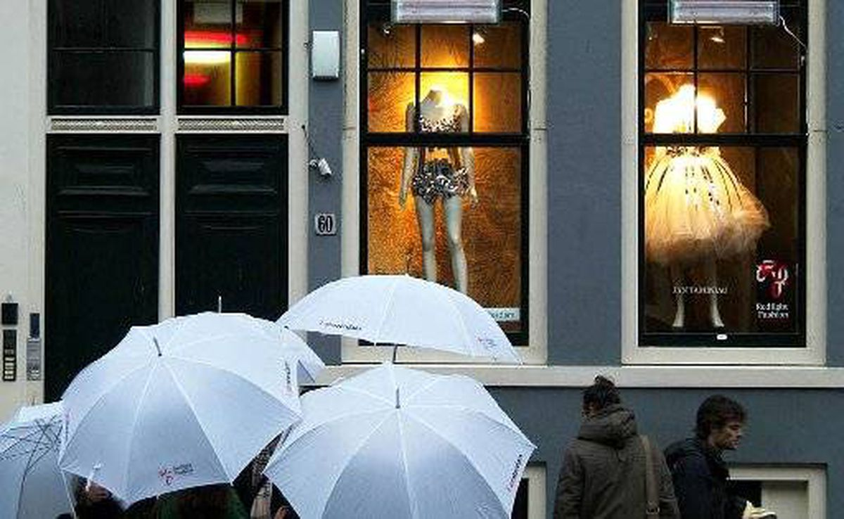 Amsterdam is halving the number of prostitution windows and cannabis-vending coffee shops as it revamps its historic centre. The Redlight Art project has moved in, with windows showcasing designers and artists instead.