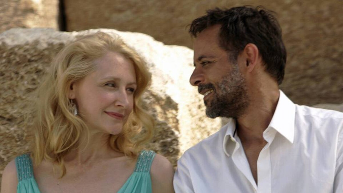 Patricia Clarkson and Alexander Siddig.