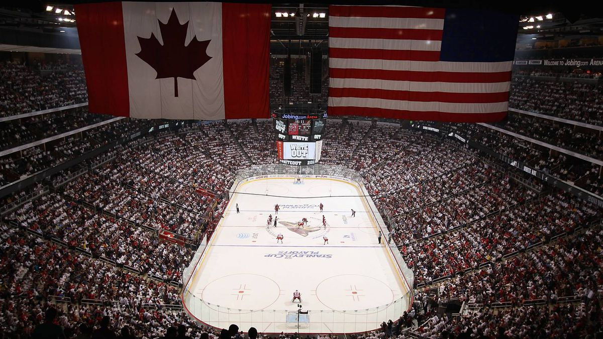 General view of action between the Detroit Red Wings and the Phoenix Coyotes in Game 4.