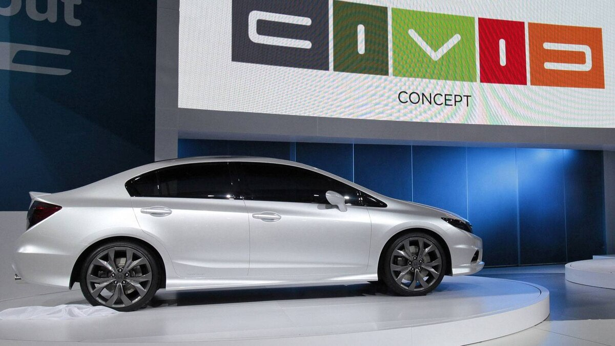 Honda Civic concept premiere in Detroit, 2011.