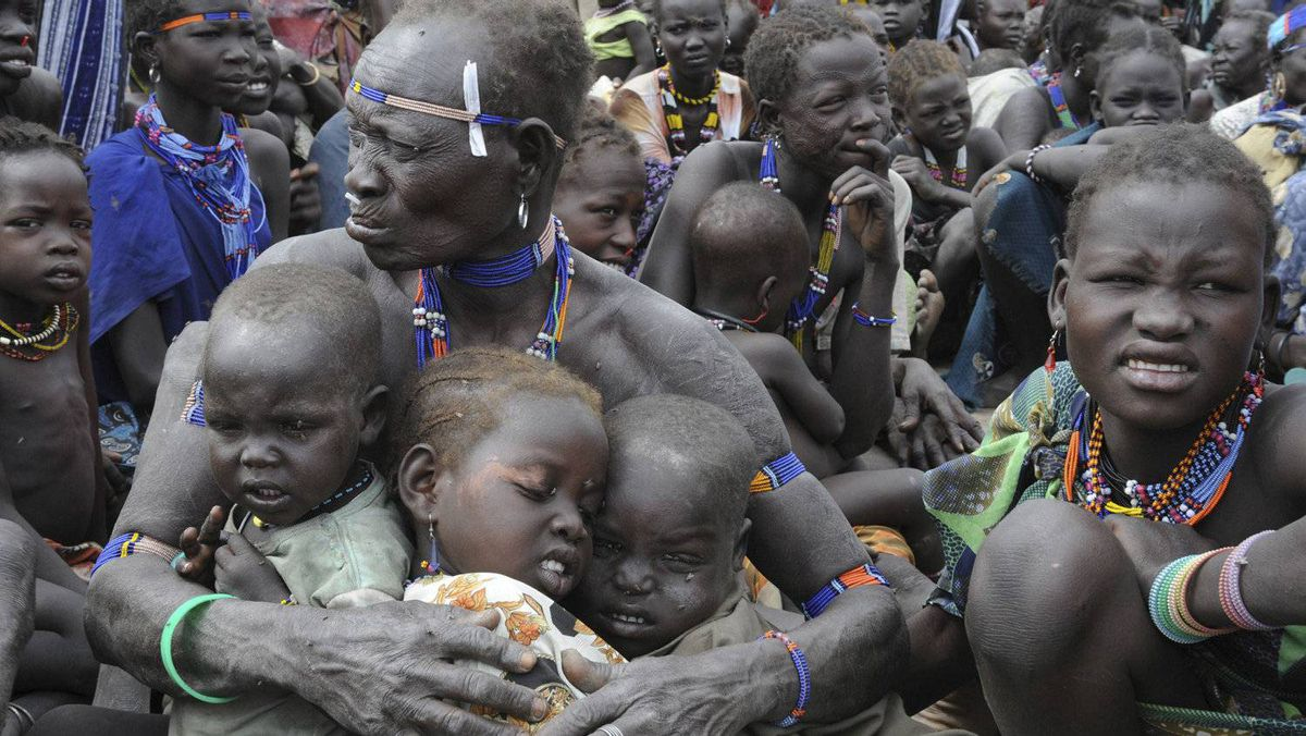 Internally displaced people are seen in Pibor Jan. 12, 2012. The World Food Program started distributing food to 60,000 internally displaced people in South Sudan, according to the United Nations Mission in South Sudan.