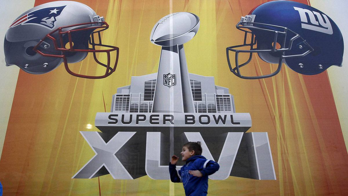 The NFL's hard line approach forces a showdown between Bell and the Canadian Radio-television and Telecommunications Commission over how content is shared on mobile devices, following a regulatory decision last year that required broadcasters to give up exclusive content deals.