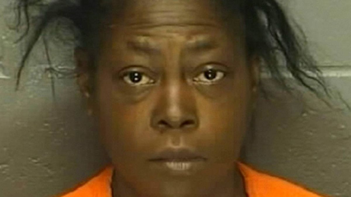 Atlantic City: May 22, 2012 - Bail is set at $2 million for Antionette Pelzer the woman accused of stabbing two Canadian tourists to death in broad daylight in Atlantic City who, according to her aunt, has a mental illness.