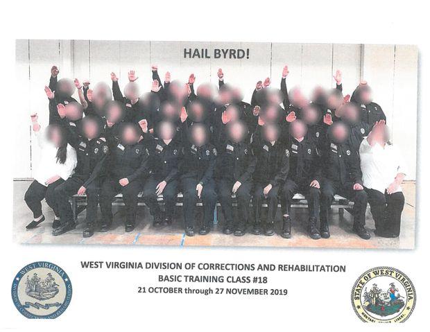 US state sacks prison guard trainees for Nazi salute