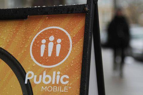 Telus's decision to shut Public Mobile angers consumers