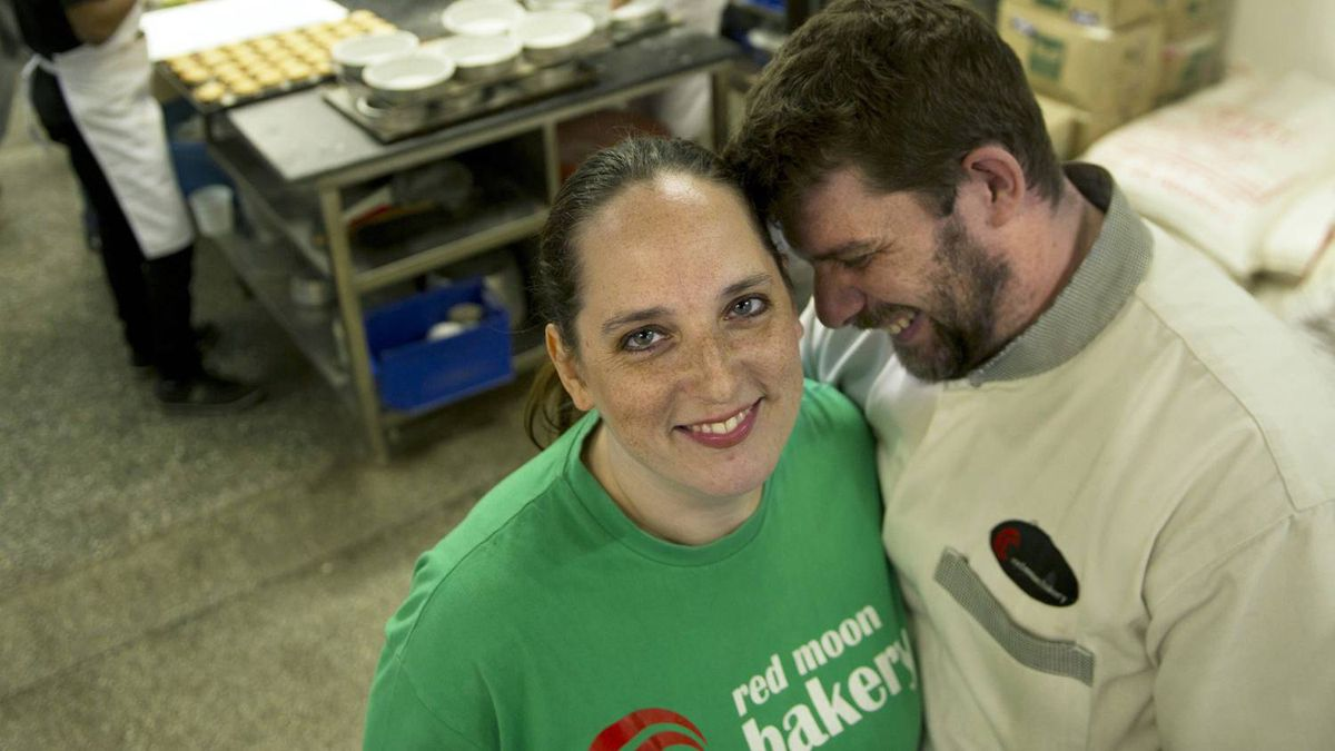 Anna and Dave Hambly are the Canadian owners of Red Moon Bakery which opened its doors in New Delhi, 2007. They are favorites with the expat community as well as the local population.