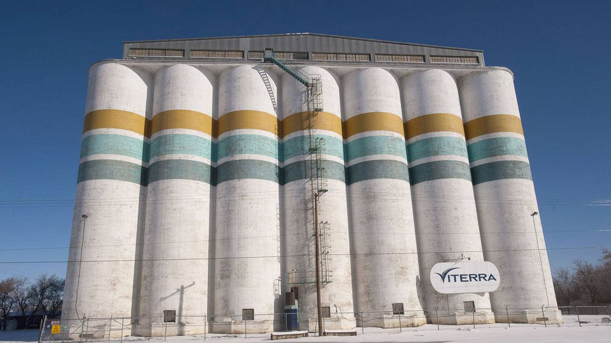 A Viterra grain storage facility in Saskatoon. Grain handling company Viterra Inc. has agreed to be acquired by Switzerland-based Glencore International in a $6.1-billion deal that will see two Canadian partners pick up major parts of the business.