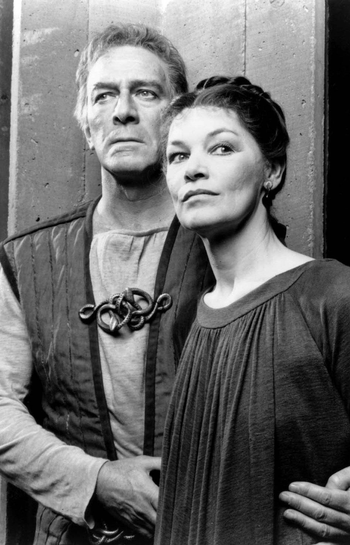 Christopher Plummer and Glenda Jackson in Shakespeare's Macbeth. The production played at Toronto's O'Keefe Centre in March, 1988.