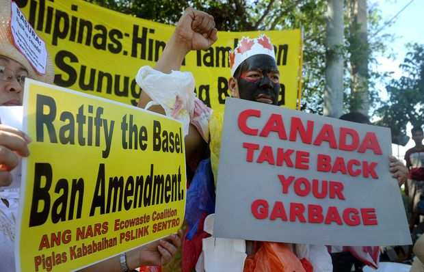 Philippines withdraws top diplomats from Canada in row over rubbish containers