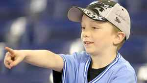 A young fan points to players on the field prior to the home opener for the Toronto Blue Jays as they face the Minnesota Twins during their MLB game at the Rogers Centre April 1, 2011 in Toronto, Ontario, Canada.(Photo By Dave Sandford/Getty Images)
