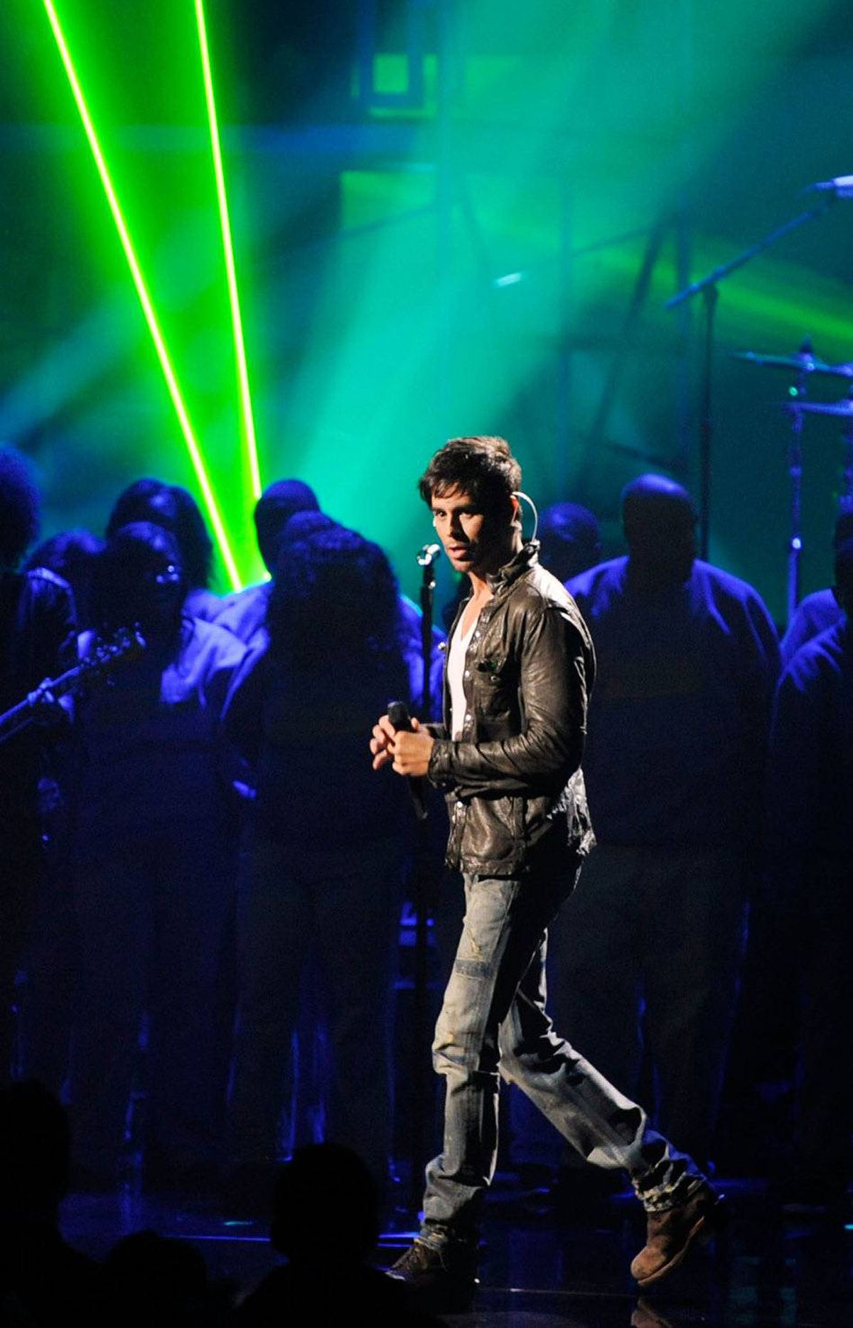 Singer Enrique Iglesias performs onstage at the 2011 American Music Awards held at Nokia Theatre L.A. LIVE on November 20, 2011 in Los Angeles, California.