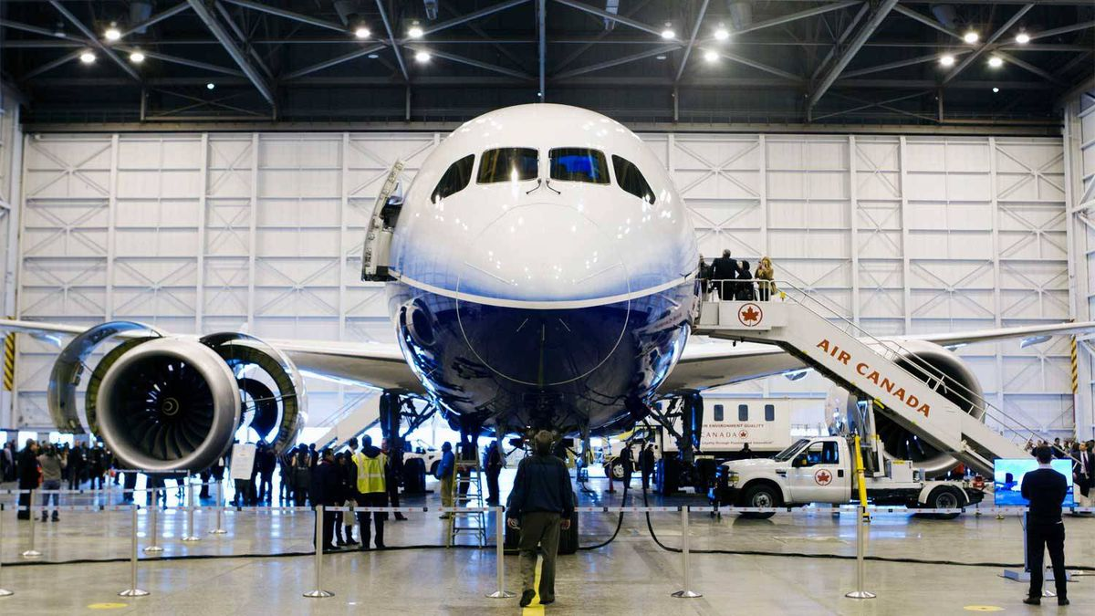 Boeing's 787 Dreamliner aircraft is seen during a media preview at an Air Canada hangar at Pearson Toronto International Airport in Toronto, March 2, 2012. Air Canada has purchased 37 of the Boeing 787 and are to be delivered in 2014.