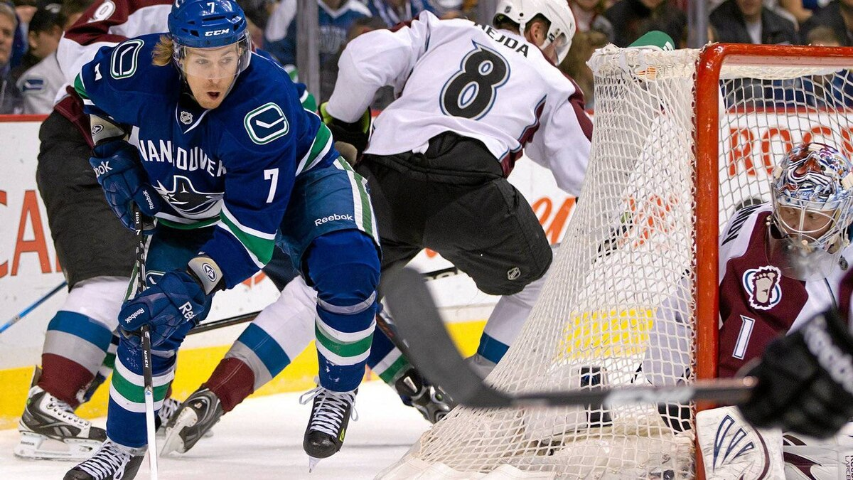 The Vancouver Canucks' David Booth, attempts a wrap-around against the Avalanche in March.