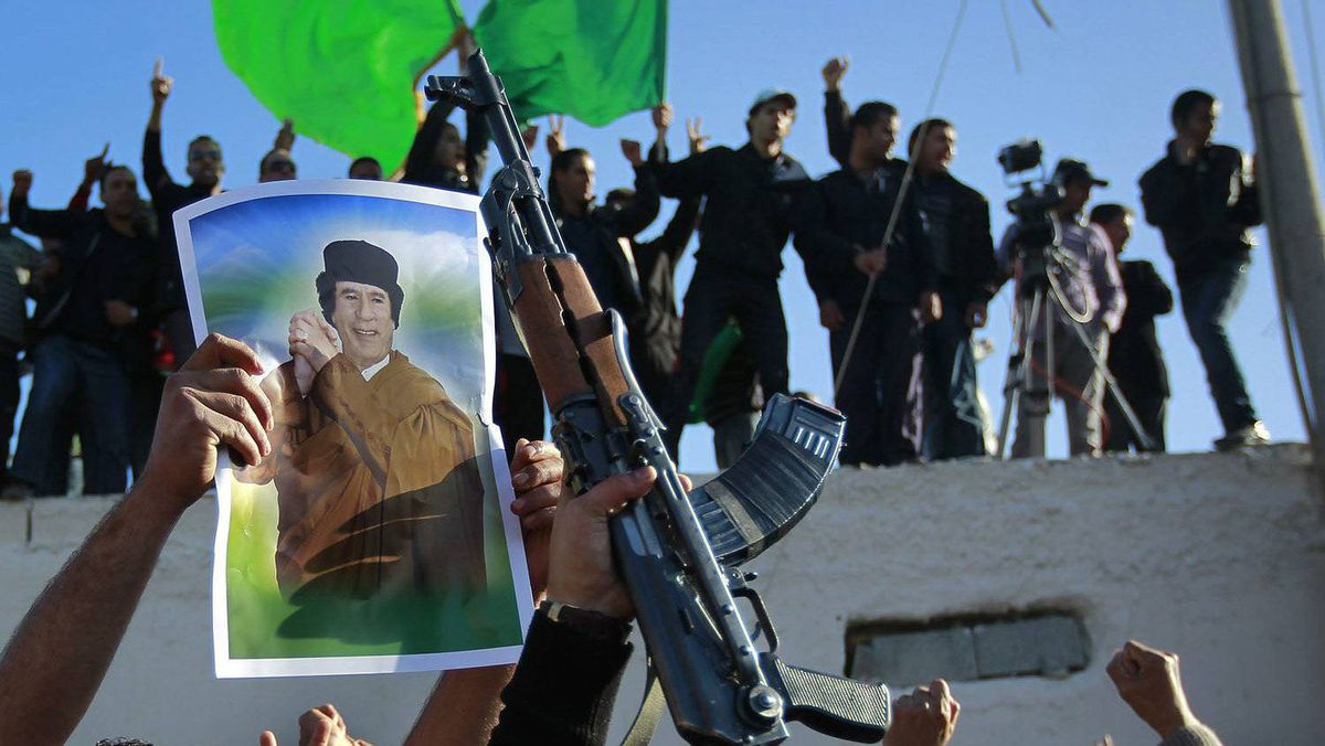 Supporters of Libyan leader Moammar Gadhafi demonstrate in Tripoli.