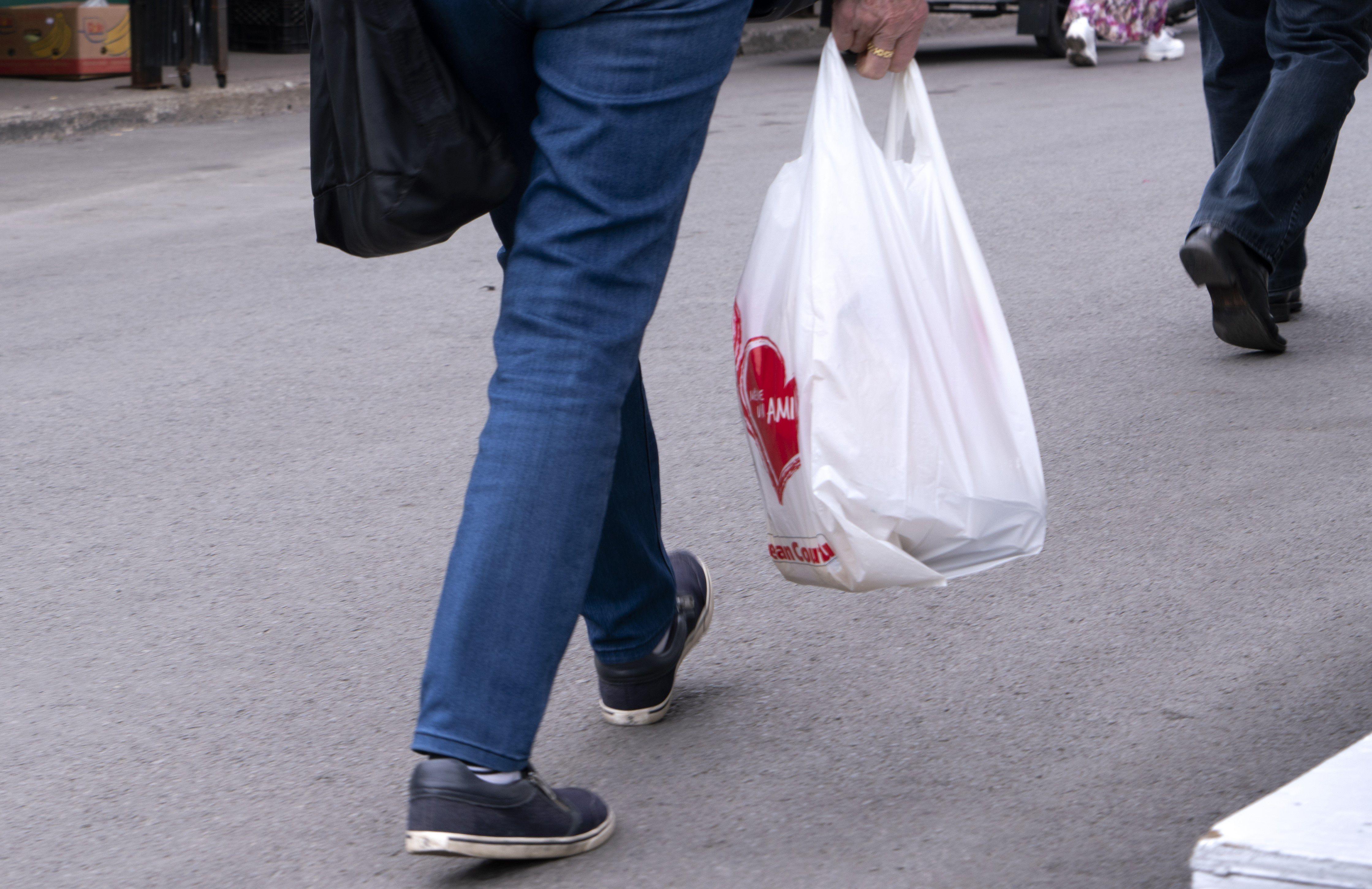 B C  municipalities intent on banning single-use plastic bags asking