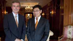 Edward Frackowiak, left, CEO of Wescast Industries Inc., and Dong Ping, CEO of Sichuan Bohong Industry Co.