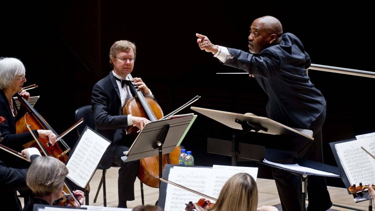 William Eddins is in his seventh season as Music Director of the Edmonton Symphony Orchestra.