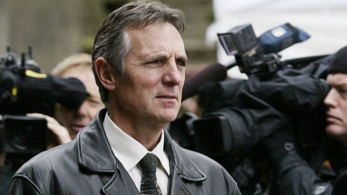 Former head of the RCMP Missing Women Task Force, retired Insp. Don Adam, leaves the B.C. Supreme Court in New Westminster, B.C. Tuesday, December 11, 2007.