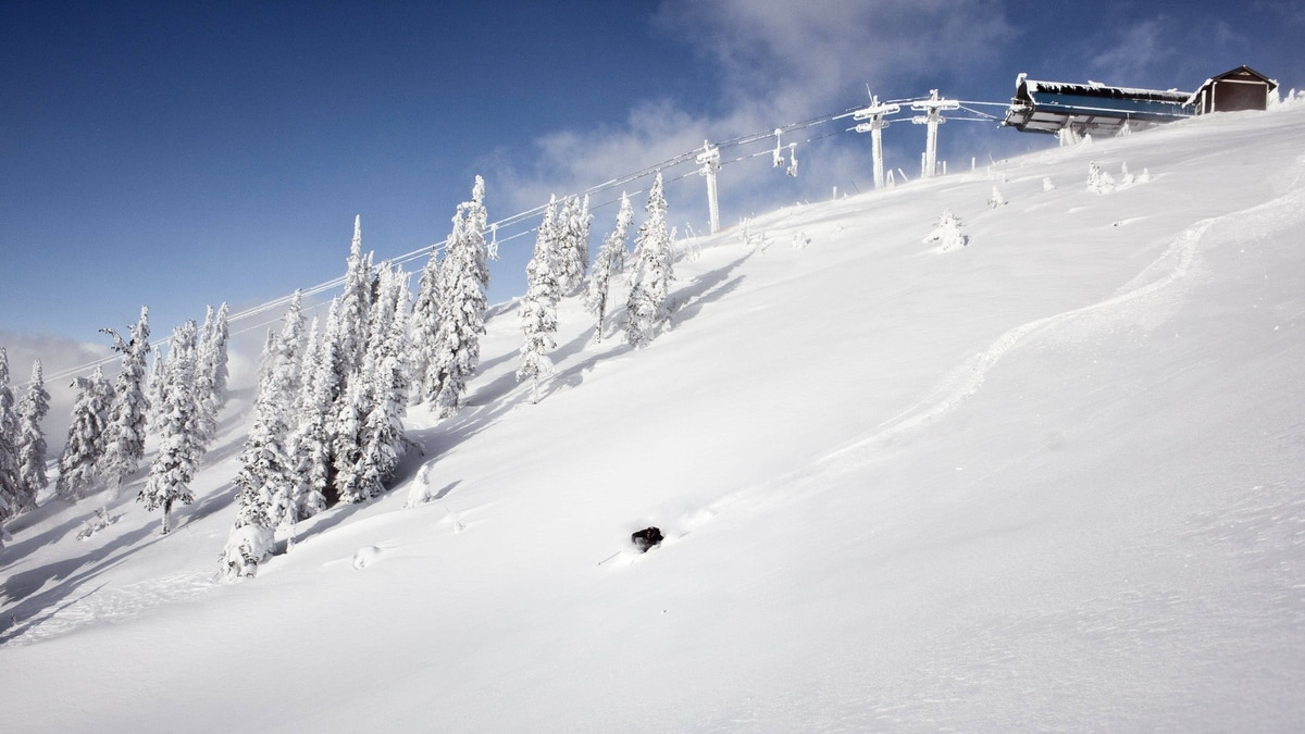 Revelstoke Mountain Resort has a solid snow base of almost 100 cm. The Stoke and The Ripper lifts will open Nov. 26 and 27.