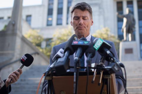 Foreign-buyers tax too little, too late, Vancouver mayor says