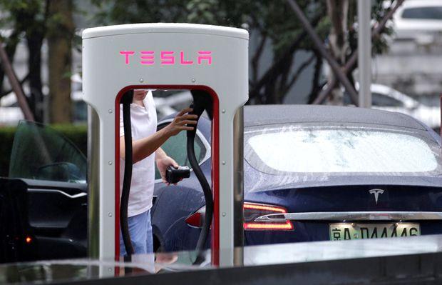 Tesla China sales plunge 70 pct in October