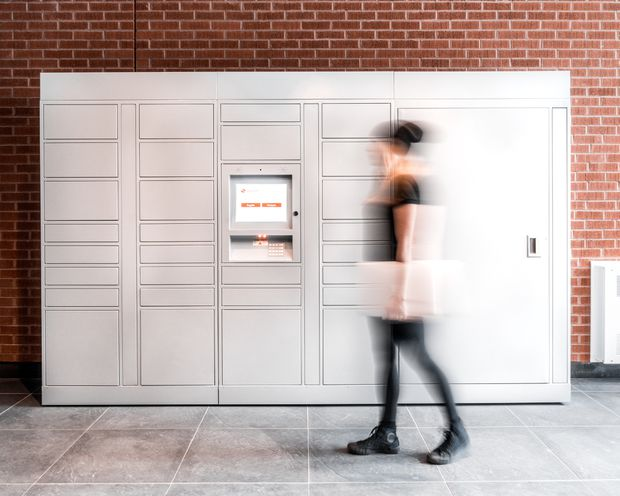 Touchless smart lockers