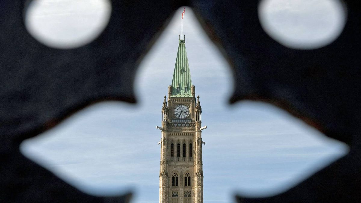 The Peace Tower is seen through the main gate on Parliament Hill on Sept. 19, 2010, ahead of the return of the House of Commons after its summer recess.