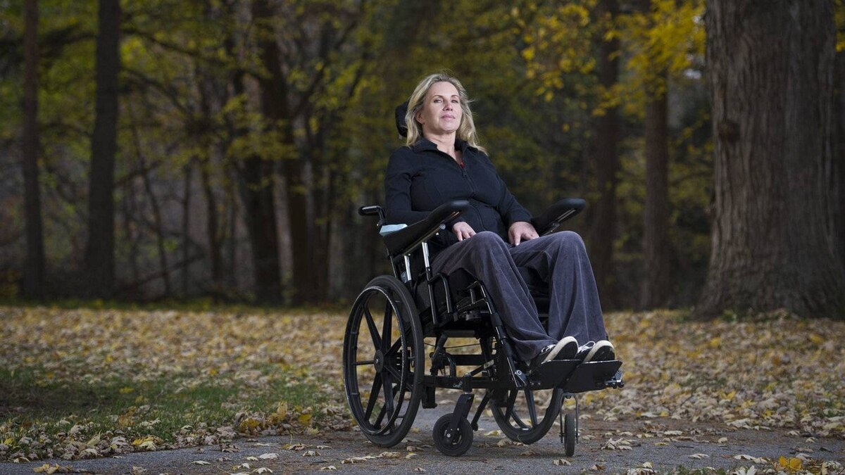 Tracy Dort-Kyne is photographed at the Lyndhurst Centre in Toronto, Ont. Nov. 10/2011. In September Dort-Kyne fell off her bike and crashed into a ditch. She will spend the rest of her life as a quadripalegic.