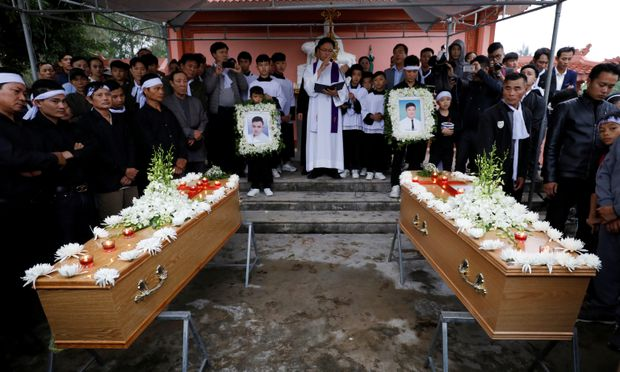 Final remains of UK truck victims arrive in Vietnam