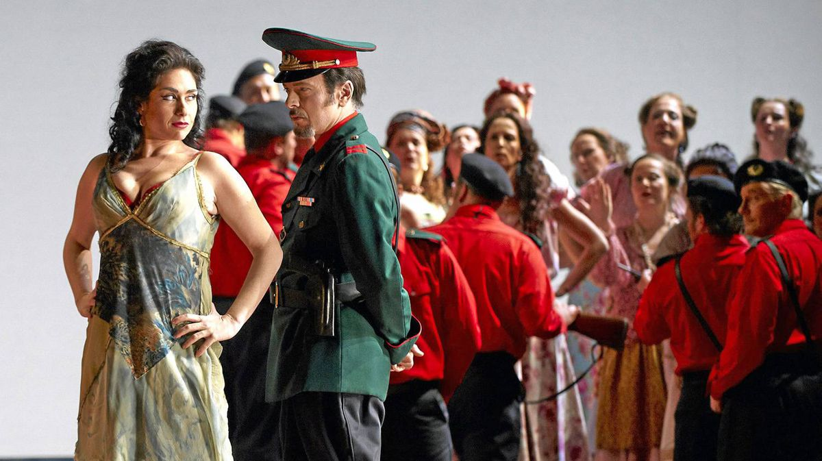 Rinat Shaham and Alain Coulombe in the Canadian Opera Company's 2010 production of Carmen.