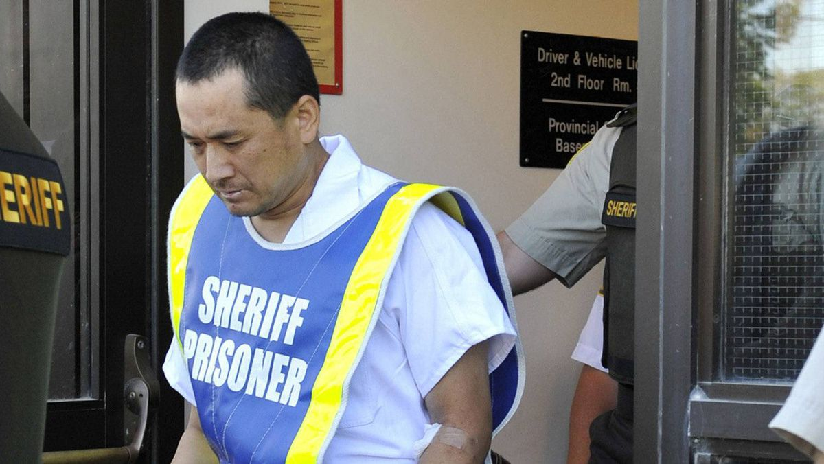 Vince Weiguang Li, suspect in the murder of Tim McLean aboard a Greyhound bus in Manitoba, leaves after making a court appearance in Portage la Prairie August 5, 2008.