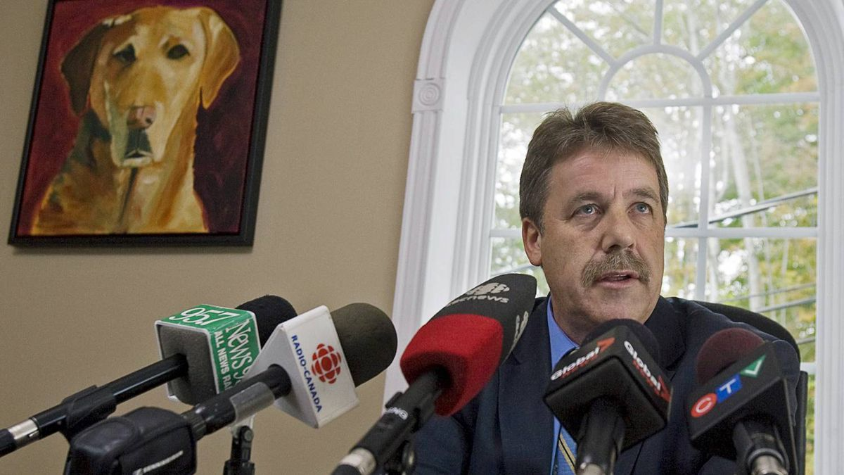 New Democrat MP Peter Stoffer fields questions on his decision to change is vote on the gun registry at a news conference in his Fall River, N.S., office on Sept. 20, 2010.