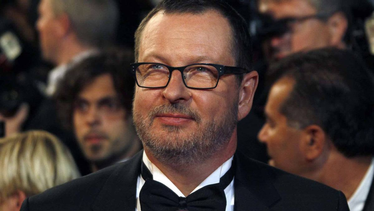 """Director Lars Von Trier arrives on the red carpet for the screening of the film """"Melancholia"""" in competition at the 64th Cannes Film Festival, in this May 18, 2011 file photo."""