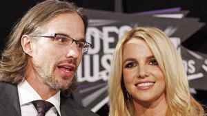 Singer Britney Spears and boyfriend her Jason Trawick arrive at the 2011 MTV Video Music Awards in Los Angeles in this August 28, 2011 file photo.