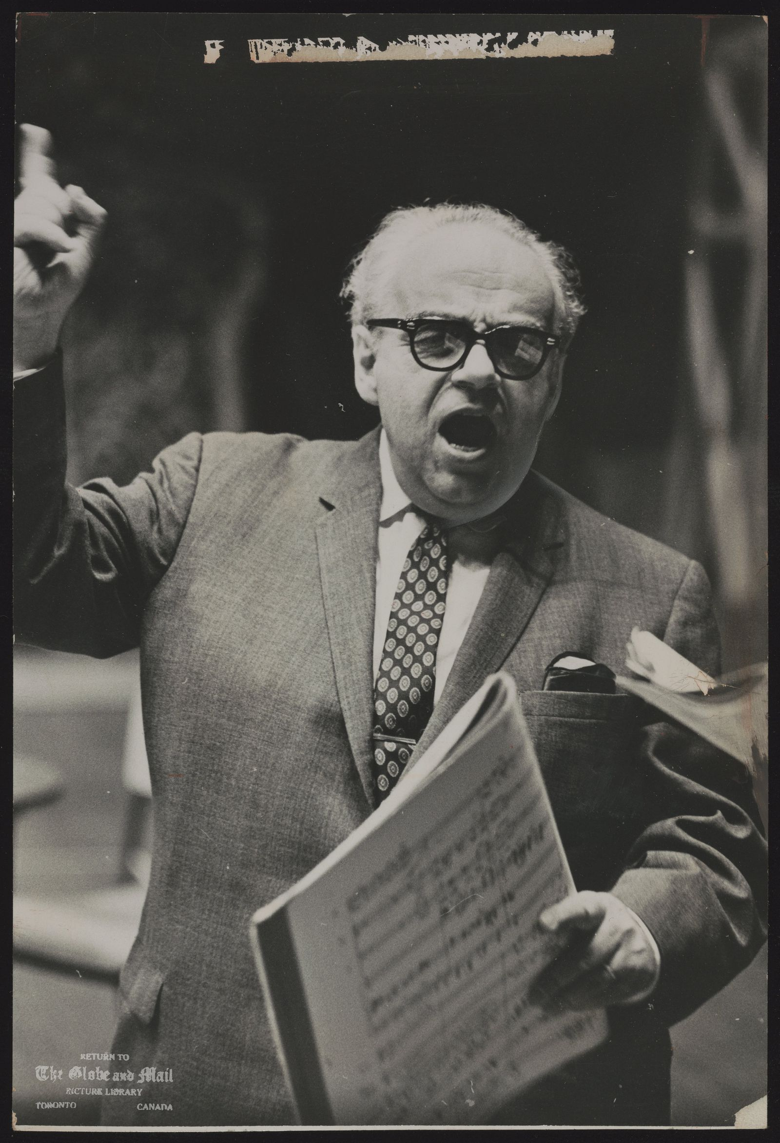 Herman GEIGER TOREL General manager of Canadian Opera Company Geiger-Torel tortured by a no smoking instruction
