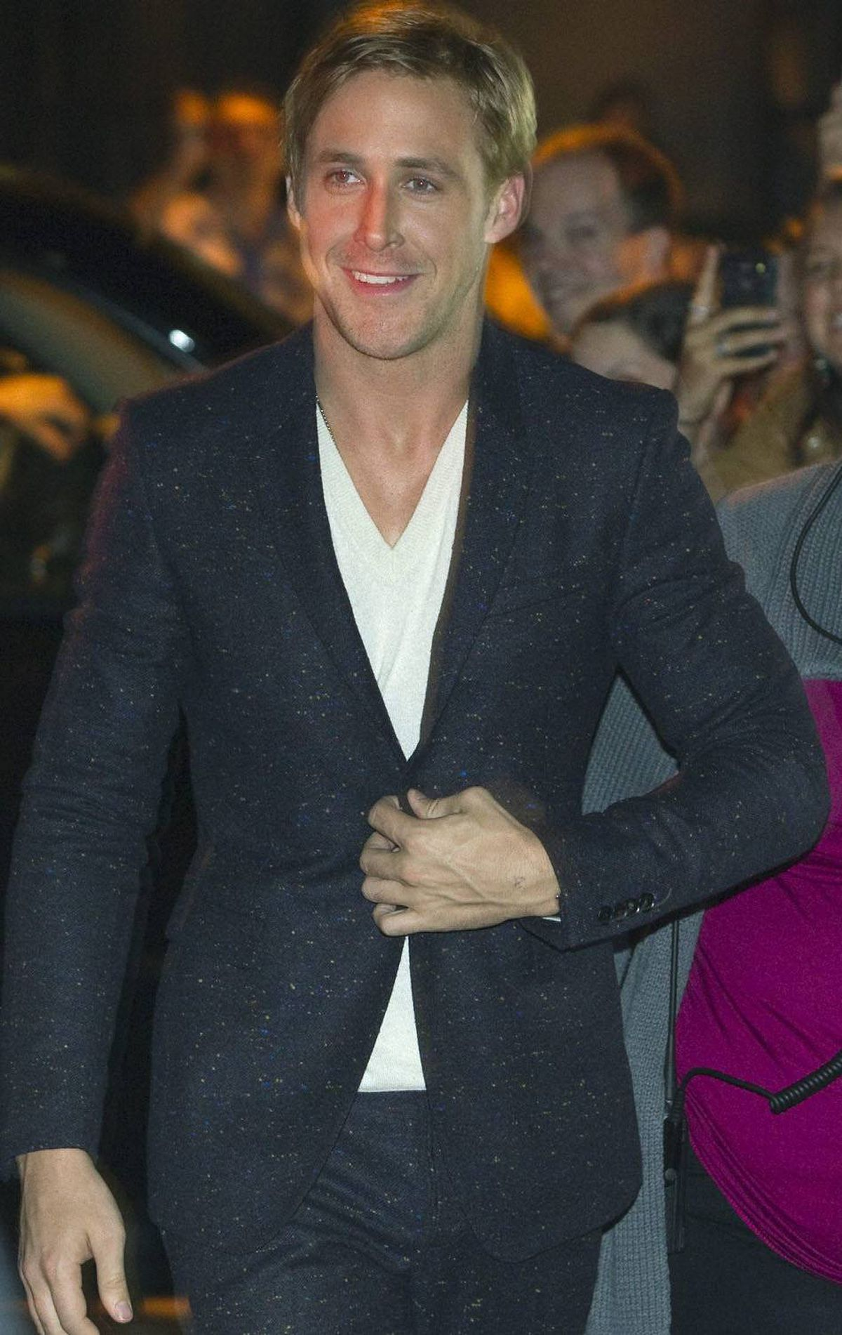 Actor Alexander Ryan Gosling arrives at outside the gala premier of the movie Drive at the Ryerson Theatre, at the 36th Toronto International Film Festival in Toronto September 10, 2011.