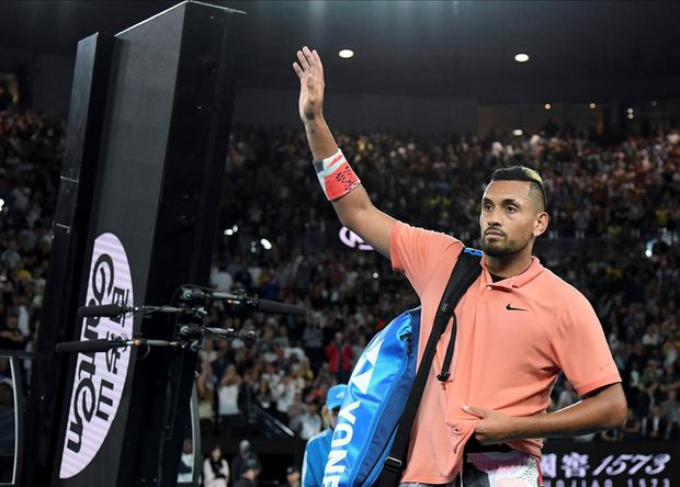 Kyrgios offers to drop food at doorstep of those in need
