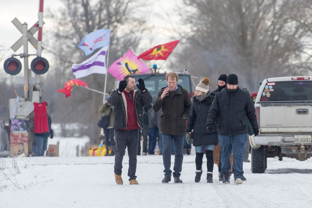 Indigenous services minister reports 'modest progress' with pipeline protesters as rail blockade continues